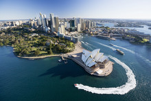 The attractions of Australia's bright lights and strong economy appears to be losing their allure for increasing numbers of people. Photo / Supplied 