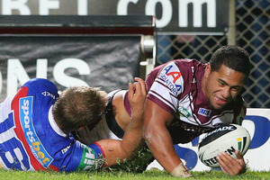 Jorge Taufua of the Sea Eagles scores a try. Photo / Getty Images