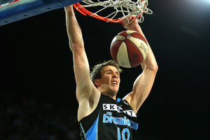 Tom Abercrombie in action for the Breakers. Photo / Getty Images
