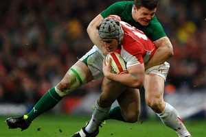 Wales' Jonathan Davies (front) has huge respect for Brian O'Driscoll. Photo / Getty Images