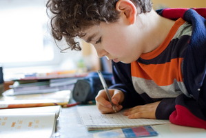 New Zealand needs a national set of guidelines for homework levels, says a PTA leader.  Photo / Getty Images
