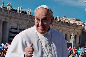 Pope Francis has surprised with his spontaneous walks among the faithful and his homely style.  Photo /  AP
