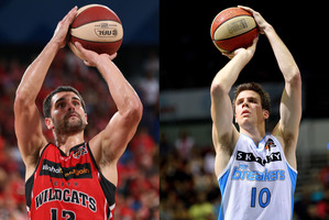 Kevin Lisch of the Wildcats and Tom Abercrombie of the Breakers.  Photos / Getty Images