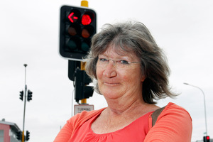 Annette Mann believes the traffic lights of Clark St confuse older drivers. Photo / Michael Craig