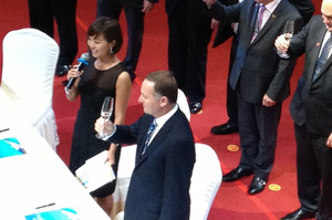 John Key offers a toast to good relations between New Zealand and Guangzhou at the China Southern Airlines HQ yesterday. Photo / Audrey Young
