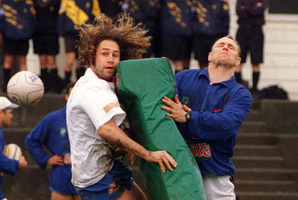 Once was Warrior ... Marc Ellis (left) was in the last Warriors side to win at Canberra Stadium. Photo / Getty Images