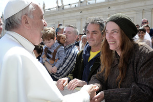 US artist Patti Smith, right, is greeted by Pope Francis at the end of his weekly general audience, in St. Peter's Square at the Vatican. Photo / AP