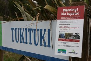 CHBS Toxic algae warning sign at Tukituki River. Photo / Supplied