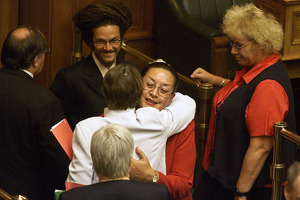 Labour Party MP Georgina Beyer hugged by then Prime Minister Helen Clark after her maiden speech to Parliament.