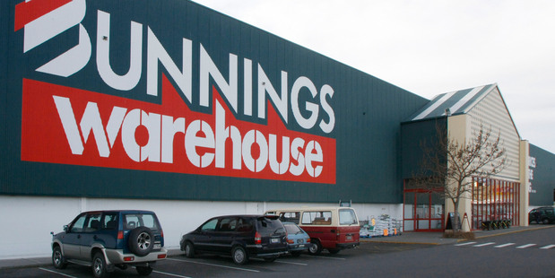 Bunnings' Kiwi customers are missing out on savings. Photo / APN