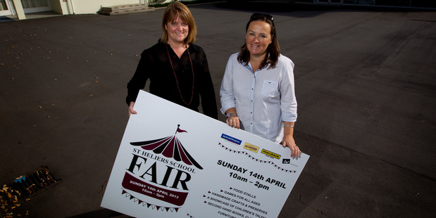 Eleanor Tonkin and Charlotte Horan were the organisers of the St Heliers School Fair. Photo / Sarah Ivey