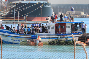 The Australian Government has already sent back 36 of the Sri Lankan asylum seekers who arrived at Geraldton last month. Photo / Graeme Gibbons