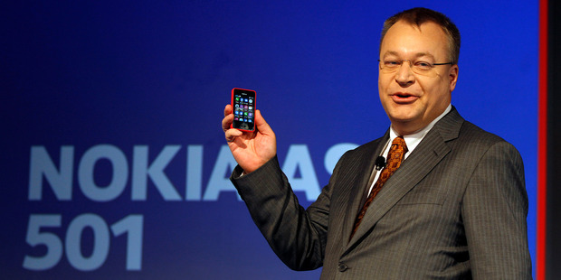 Nokia Chief Executive Officer Stephen Elop displays a Nokia Asha 501 smartphone during its launch in New Delhi, India. Photo / AP