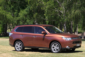 2013 Mitsubishi Outlander VRX. Photo / Phil Hanson
