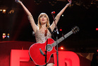 Taylor Swift peforms at Z100's Jingle Ball 2012. Photo/AP