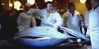 Watch: Giant tuna sells for record $1.8 million in Japan