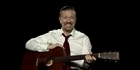  Ricky Gervais: Learn guitar with David Brent