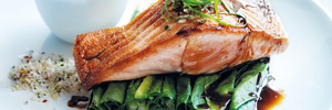 Recipe: Salmon with Asian greens