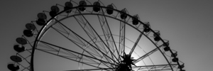 5-year-old Australian boy critical after fall from ferris wheel