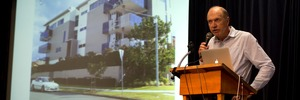 A presentation by Auckland 2040's Richard Burton showed three-storey apartments would appear in almost half of residential Auckland.  Photo / Brett Phibbs