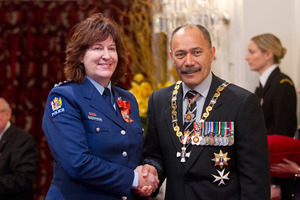 Inspector Wendy Robilliard, with the Governor General, Sir Jerry Mateparae, after receiving the Insignia of an Officer of the NZ Order of Merit. Photo / Mark Mitchell