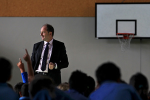 Labour Party leader David Shearer at Merivale School. Photo / APN