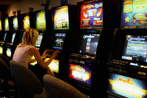 A sinking lid policy would force gambling profits away from clubs and bars of gaming societies. Photo / Duncan Brown