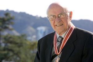 Sir Lloyd Geering. Photo / NZPA