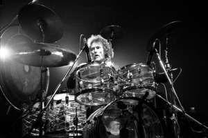 Ginger Baker on stage in 1980. Photo/Commons