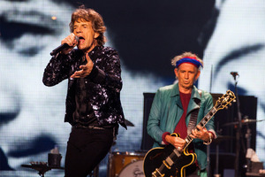 Mick Jagger and Keith Richards perform in Chicago. Photo/AP