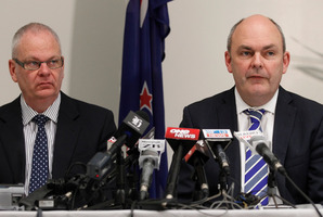 Novopay Minister Steven Joyce, right, with acting Secretary of Education Peter Hughes, at the release of the Ministerial inquiry into Novopay today. Photo / Mark Mitchell