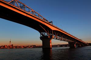 Tthe Auckland Harbour Bridge. Photo / Brett Phibbs