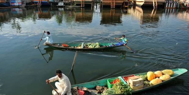 Vegetable vendors on Dal Lake. Photo / Getty images