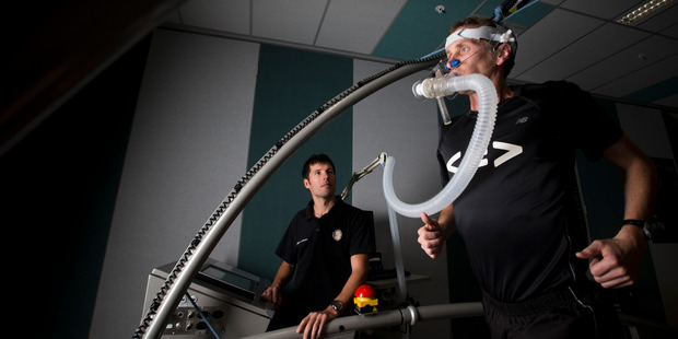 Marathon runner Scott Winton (right) gets his aerobic fitness tested by Andrew Kilding at the institute. Photo / Greg Bowker