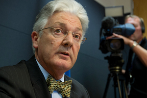 Peter Dunne will face the Electoral Commission today over funding for his United Future party. Photo / NZ Herald