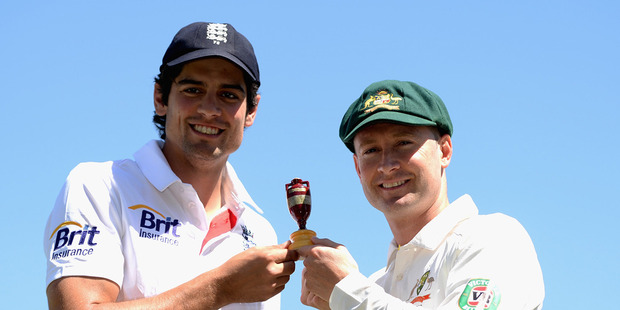 England captain Alastair Cook and Australia captain Michael Clarke pose with the Ashes urn at Trent Bridge on July 9, 2013. Photo / Getty Images,
