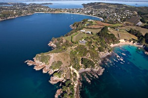Oneroa Bay is one of the most popular areas of Waiheke for boaties.