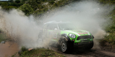 Stephane Peterhansel and Jean Paul Cottret, of France, race their Mini in the 9th stage from Tucuman to Cordoba, Argentina. Photo / AP