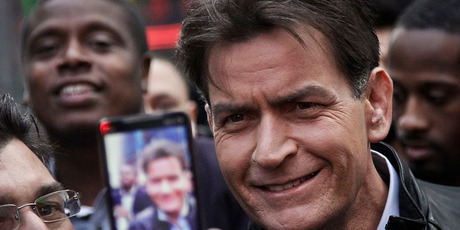 Charlie Sheen in Time Square before his interview with Letterman. Photo/AP
