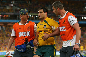 George Smith of the Wallabies returned to the field after a severe head clash.  Photo / Getty Images