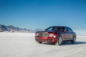 Andy Green took this standard Bentley Mulsanne to 300km/h at the Bonneville Salt Flats in the US.
