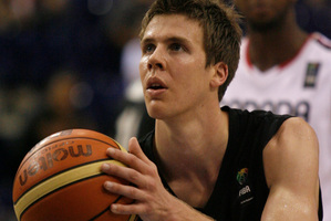 Tom Abercrombie will fly to China tomorrow to join up with the Tall Blacks after an unsuccessful stint with the Phoenix Suns. Photo/NZPA.