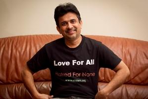 Mubarak Minhas, of the Ahmadiyya community, with a message of love and understanding. Photo / Natalie Slade