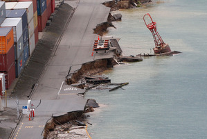 The Wellington earthquake was quickly world news. Photo / Mark Mitchell