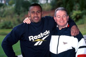 Jonah Lomu with former manager Phil Kingsley Jones in happier days.  Photo / Photosport