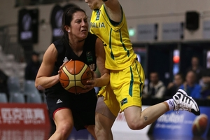 Natalie Hurst of Australia closes down  Micaela Cocks in last night's clash. Photo / Getty Images