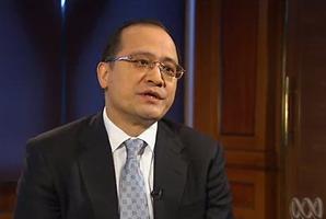 Li Gang Liu.
