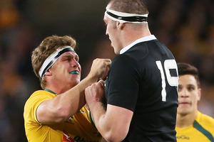 Michael Hooper of the Wallabies squares up to Brodie Retallick of the All Blacks during The Rugby Championship Bledisloe Cup match between the Wallabies and the All Blacks. Photo / Getty Images.