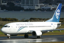 Air New Zealand Boeing 737, similar to that which had a mid-air incident on the way to Auckland this morning.