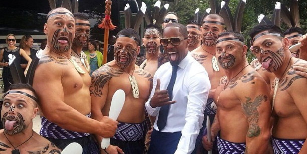 Loading Oscar-winning Hollywood star Jamie Foxx posted on Twitter this photo of him with the Destiny Church kapa haka group.